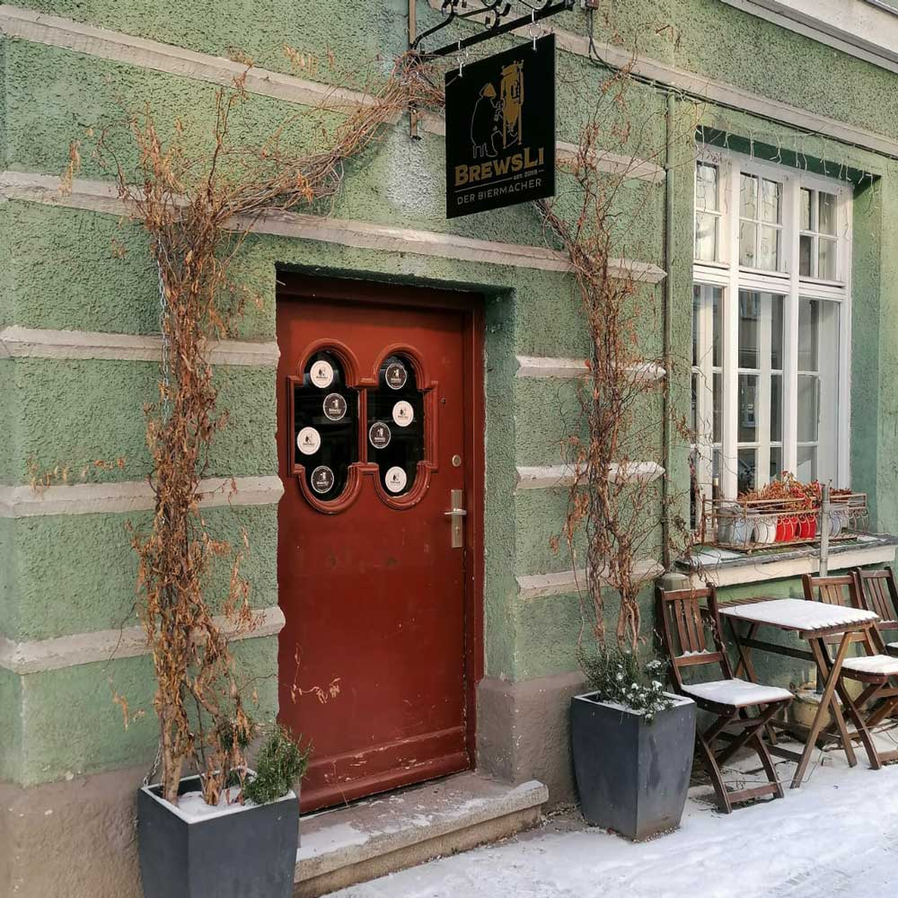 BrewsLi-Biermacher-Craft-Beer-Pub-Muenchen-Location-Außenansicht